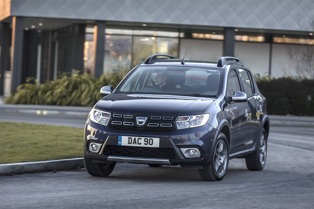 dacia sandero stepway trowbridge platinum dacia. Black Bedroom Furniture Sets. Home Design Ideas